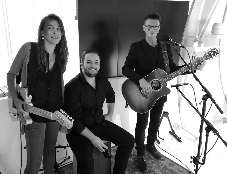 Membres du groupe 6LEXIC - André Rossi (interprète auteur compositeur ) Lison Steger (intrerprète, compositrice) Aurélien Régis-Recous (batteur)