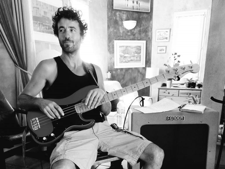 Laurent Guercy bassiste de 6lexic